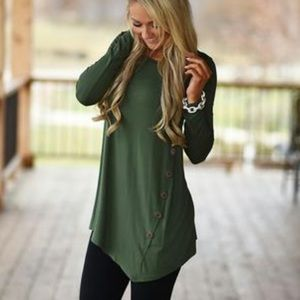 NWT Boutique Side Button Tunic